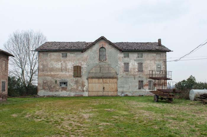 http://davideconventi.com/files/gimgs/66_05-la-villa.jpg